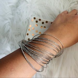 NEW Thin silver bracelet set